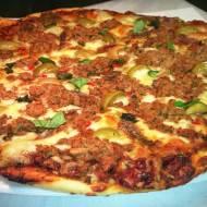 Pizza al tonno czyli pizza z tuńczykiem