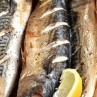 Świeża makrela pieczona