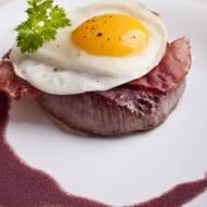 Stek wołowy po portugalsku