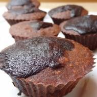 Brownie bez czekolady z polewą kakaową