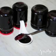 Domowy dżem z czarnej porzeczki
