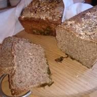 chleb żytni razowy z serwatką