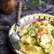 Curry z kurczaka z kiszonym ogorkiem