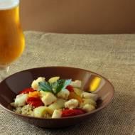 Aromatyczna potrawka z dorszem i witbierem