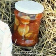 Ogórki w pomidorach z ziołami do słoików