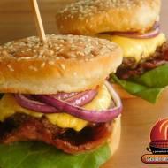 Hamburger amerykanski z grilla