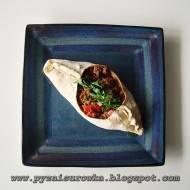 Sakiewki z mięsem mielonym, pomidorami i papryką - prosty i szybki przepis
