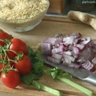 Jarmuż z pomidorami i orzo