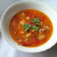 Mięsna zupa na ostro.
