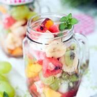 Salatka owocowa w sloiku