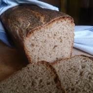 chleb na zakwasie z miodem
