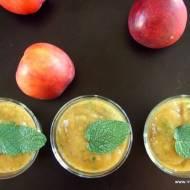 Smoothie nektarynkowo-miętowe bez cukru