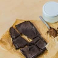 najzdrowsza i najlepsza domowa wegańska czekolada