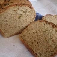 pachnący ziołowy chleb na kefirze