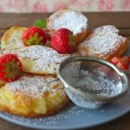 Placki-Pancakes z truskawkami.