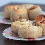 CYNAMONKI-cinnammon rolls  i brudna kuchenka
