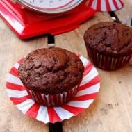 Pełnoziarniste muffiny czekoladowo-bananowe