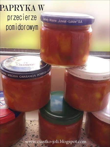 Papryka w przecierze pomidorowym