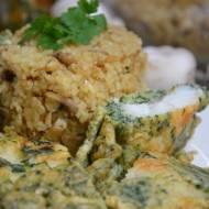 Sandacz w cieście szpinakowym ze smażonym ryżem