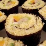 """""""Sushi"""" z kaszą jaglaną i wędzoną makrelą"""