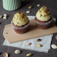 Babeczki kakaowe z kremem pistacjowym