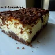 Sernik pieczony w kruchym czekoladowym cieście, niebo w gębie