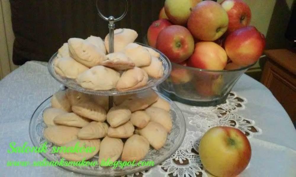 Pierożki z jabłkami