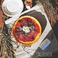 Jagielnik z konfiturą truskawkową