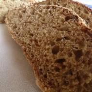 chleb mieszany z czerstwym razowym pieczywem