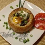 Jajka Sadzone Zapiekane w Bułkach