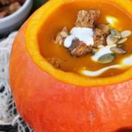 Zupa krem z pieczonej dyni i pomarańczy