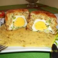 Maminkowe zapiekanki z jajkami i sosem musztardowym