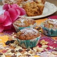 Muffiny z musli i gruszką