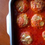 Kotlety z warzywami w sosie pomidorowym