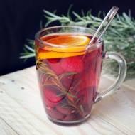 Malinowa herbata z rozmarynem i pomarańczą