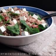 obiadowa sałatka z kaszy gryczanej