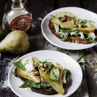Tosty z gorgonzola i gruszką