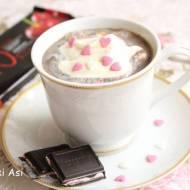 Wiśniowa gorąca czekolada