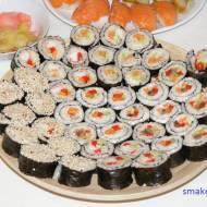 Maki sushi – rolki z kwaśnego ryżu