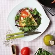 Omlet z rukolą, pomidorami i mozzarellą
