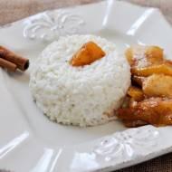 Pudding ryżowy z karmelizowanym jabłkiem i mango