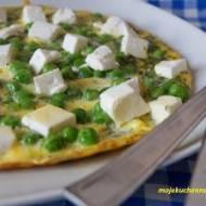 Omlet z groszkiem i fetą