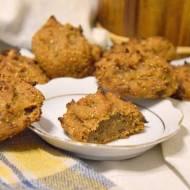 Amarantusowe ciastka z migdałami i daktylami