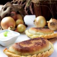 CZEBUREKI – smażone pierogi z mięsem – kuchnia tatarska
