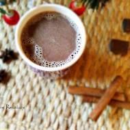 Rozgrzewająca kawa z cynamonem i czekoladą