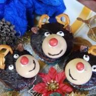 Babeczki piernikowe kakaowe z marcepanem i bakaliami renifery
