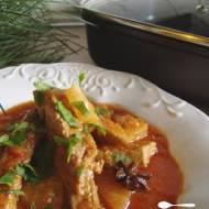 Pikantny gulasz wieprzowo-anansowy