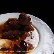 Maczanka śliwkowa ( duszony karczek macerowany )