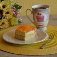 Ciasto brzoskwiniowe z kremem i galaretką