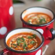 Zupa z pieczonych pomidorów z ciecierzycą